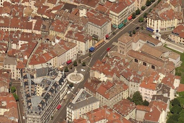 Place Notre-Dame à Grenoble