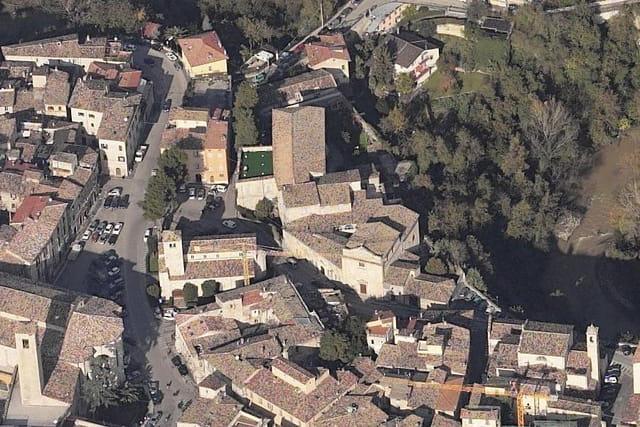 L'église Saint-Vincent-et-Saint-Anastase