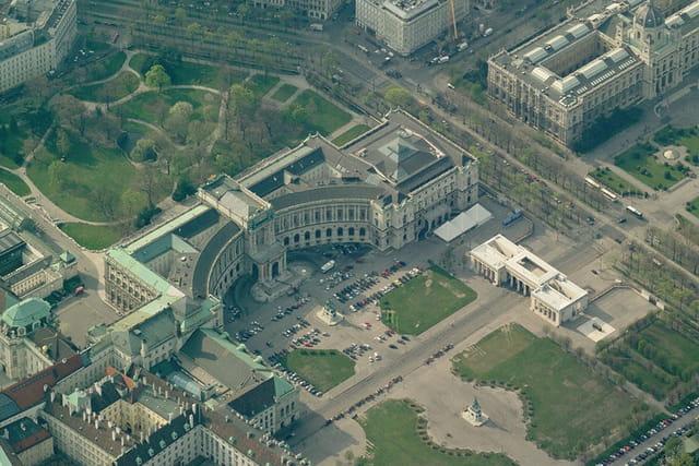 Nouveau palais de Vienne