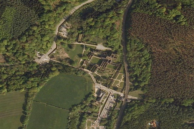 Les ruines de l'abbaye de Villers-la-Ville