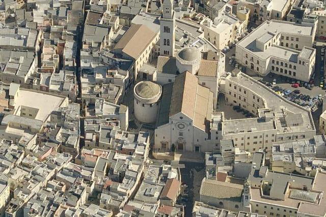La cathédrale de Saint Sabin