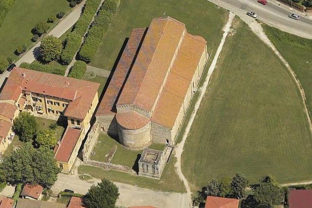 La basilique Saint-Pierre-du-Quai