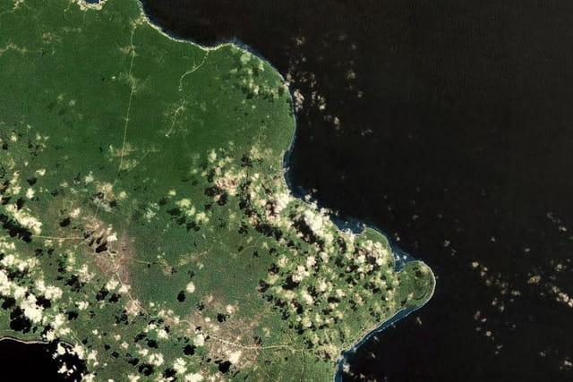 La baie de Luengoni