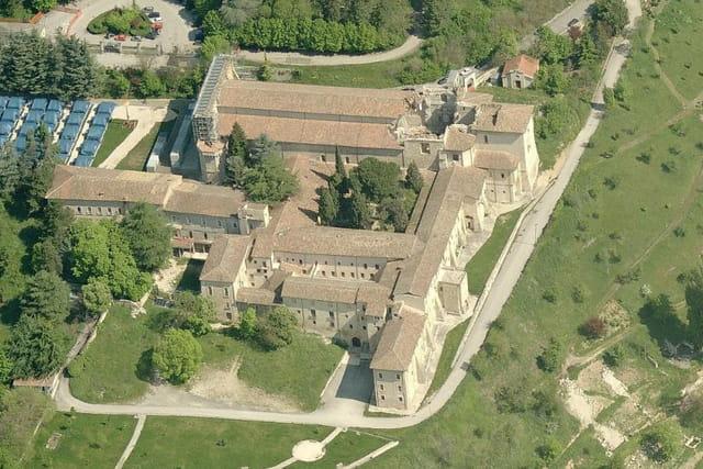 La basilique Sainte-Marie de Collemaggio