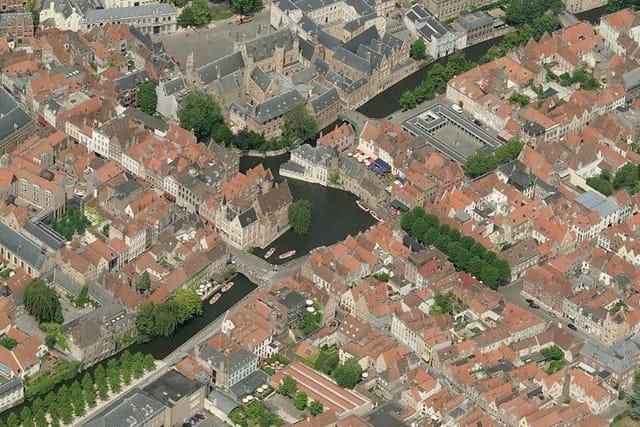 La promenade en barque de Bruges