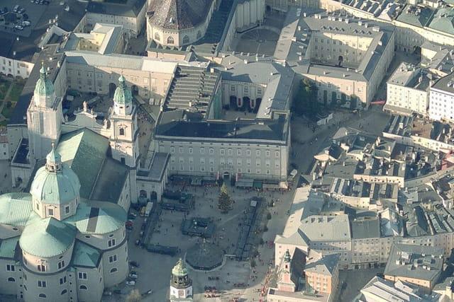 Residenzplatz de Salzbourg