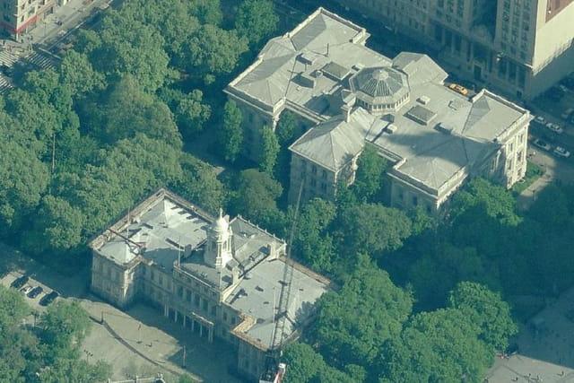 Le New York City Hall