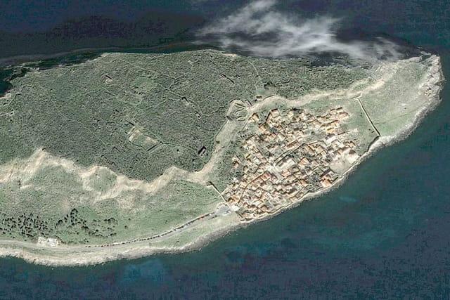 L'île de Monemvasía