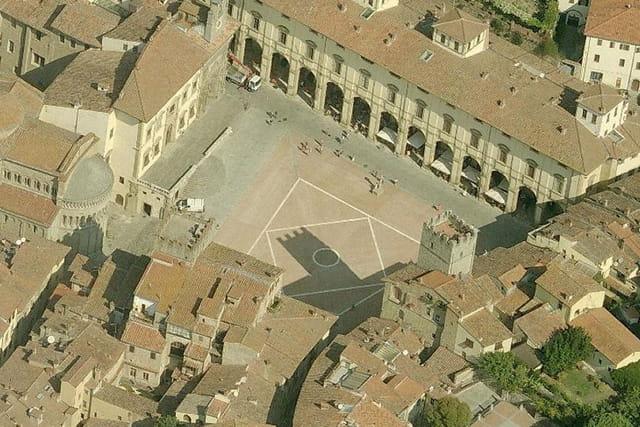 La Grande place d'Arezzo