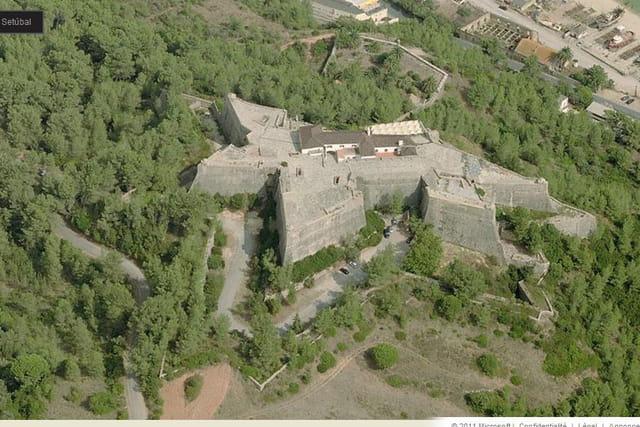 Le château de São Filipe