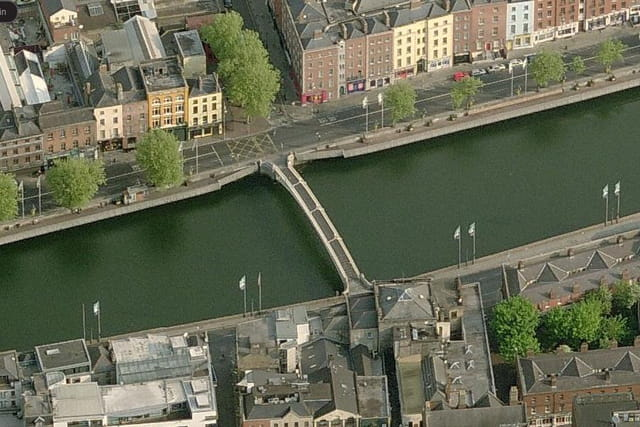 Le Liffey Bridge